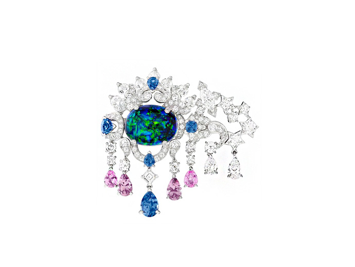 van-cleef-arpels-zodiac-collection-line-palais-de-la-chance-scorpio