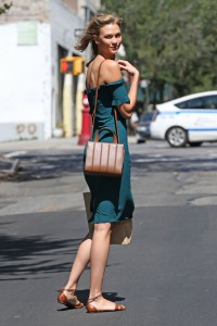 karlie-kloss-summer-style-out-in-nyc-july-2015_1
